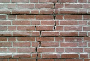 Remedial Bricklaying Crack Stitching